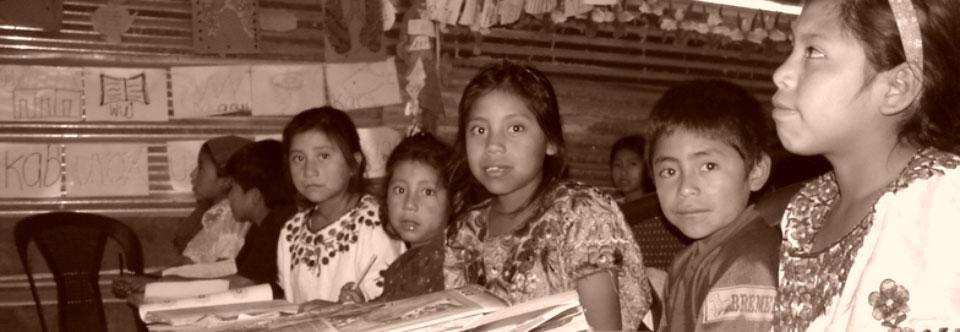 Activismo comunitario en Guatemala: ¡por la EDUCACIÓN!