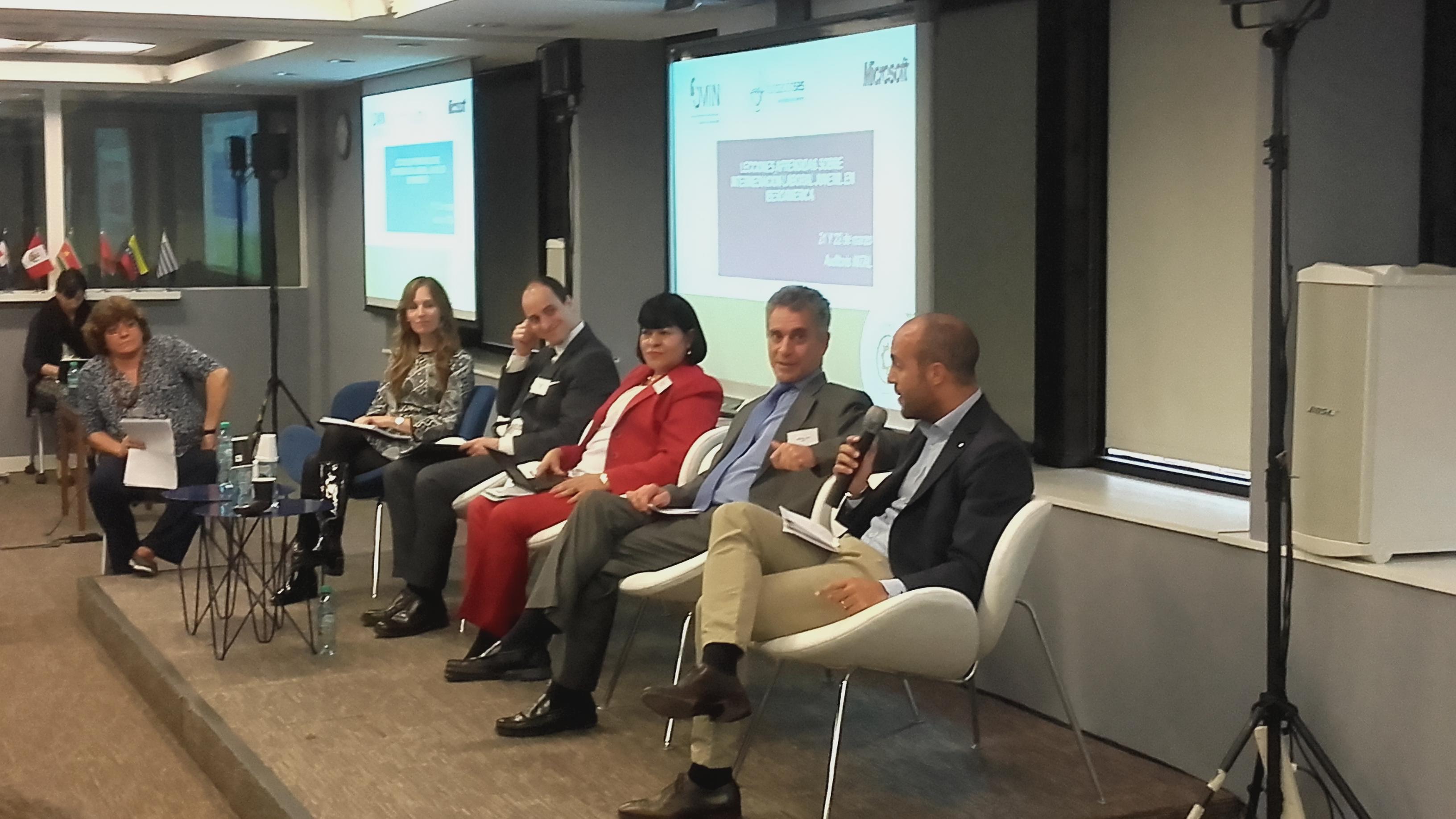 Buenos Aires: La Junta Directiva de La Liga participa en la presentación del estudio de Intermediación Laboral